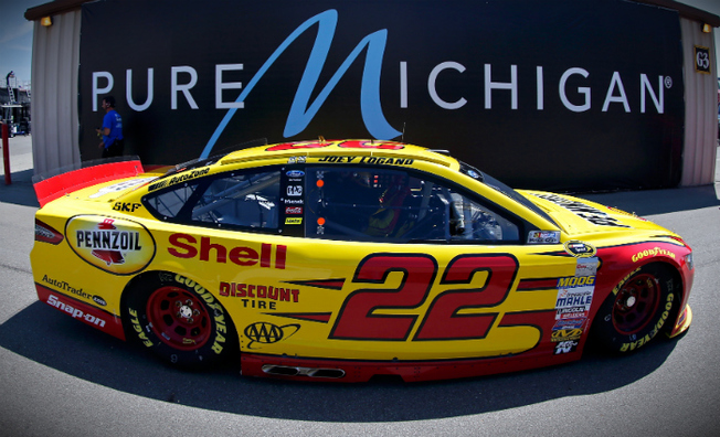Logano Grabs Front-Row Starting Spot in Michigan