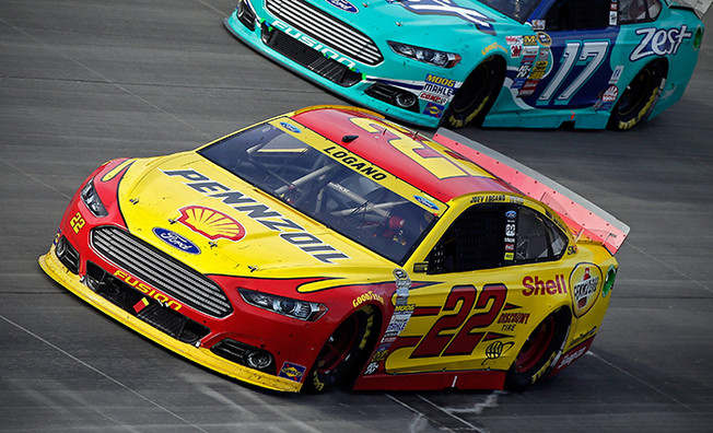 Logano Scores Top-5 Finish At Dover In AAA 400