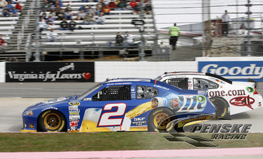 Keselowski Battles to Secure 6th-Place at Martinsville