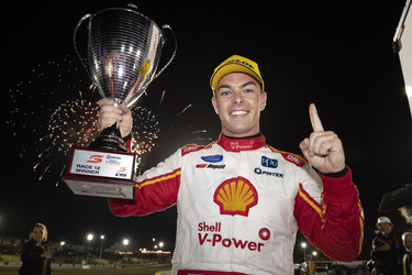 McLaughlin back on top in Perth
