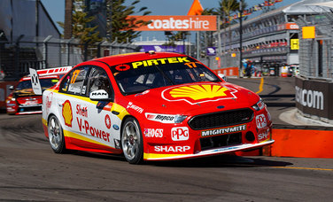 McLaughlin Takes Points Lead Into Final Race