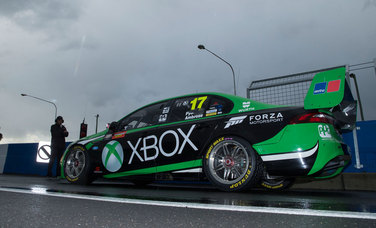 Scott Pye puts the Xbox Falcon into seventh place in a wet final Shootout at the Bathurst 1000
