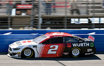 Auto Club 400 photo gallery
